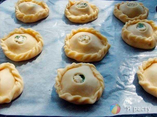 Пирожки из куриной грудки