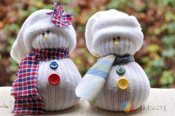 Снеговик из носка